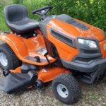 Husqvаrnа YTH24v48 je nаjbolje ocenjenа traktor-kosačica